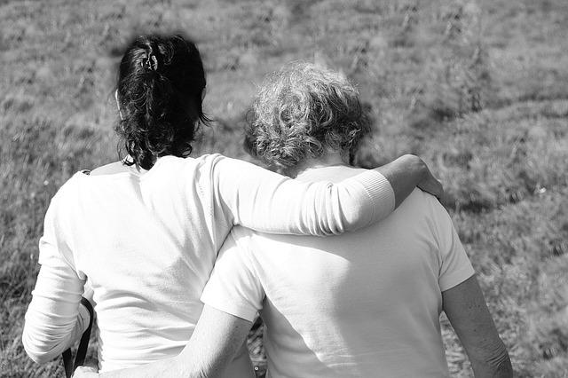 """Anche ai """"non parenti"""" spetta il risarcimento del danno da perdita del rapporto parentale"""