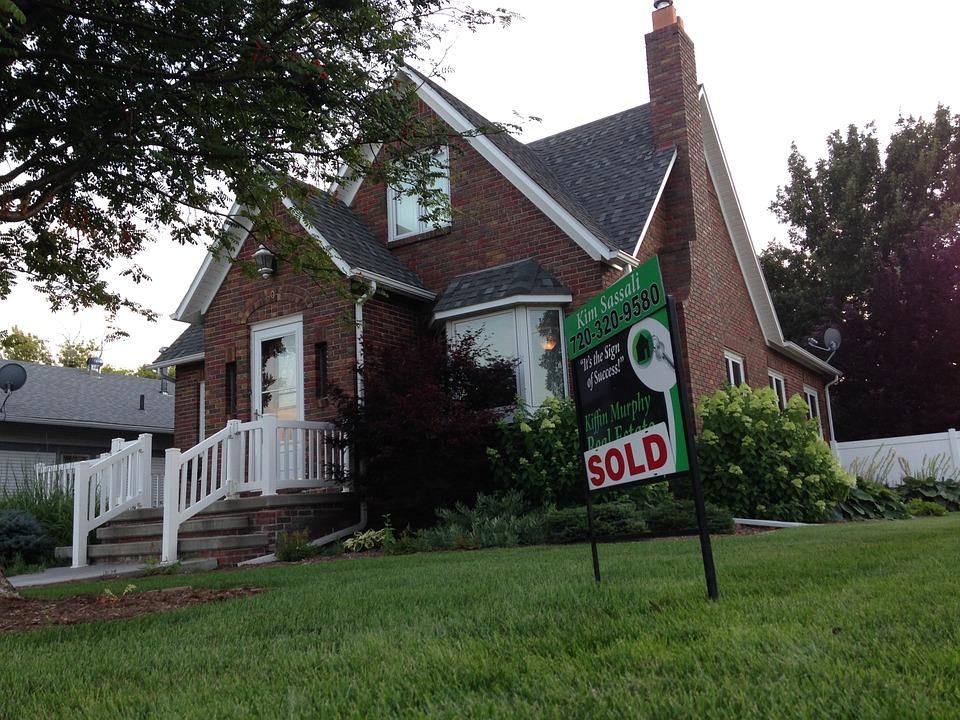 Compravendita immobiliare: responsabilità del promissario venditore e restituzione della caparra confirmatoria